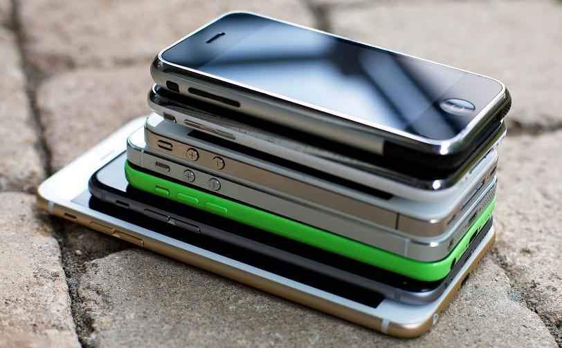 Сколько дюймов экран у айфона?