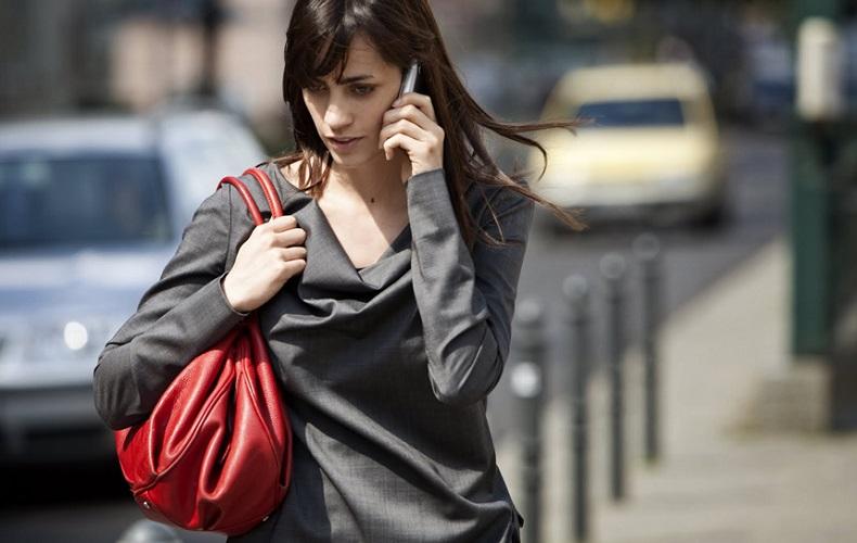 Как сбросить/отклонить входящий вызов на айфоне?
