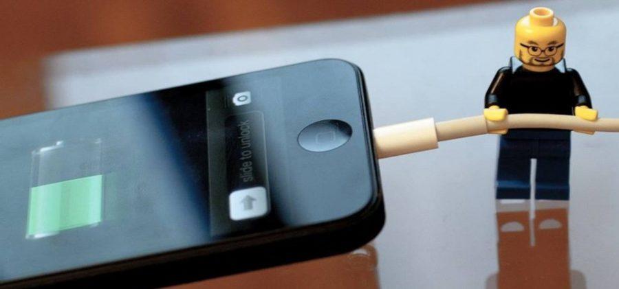 Сколько держит батарея айфона