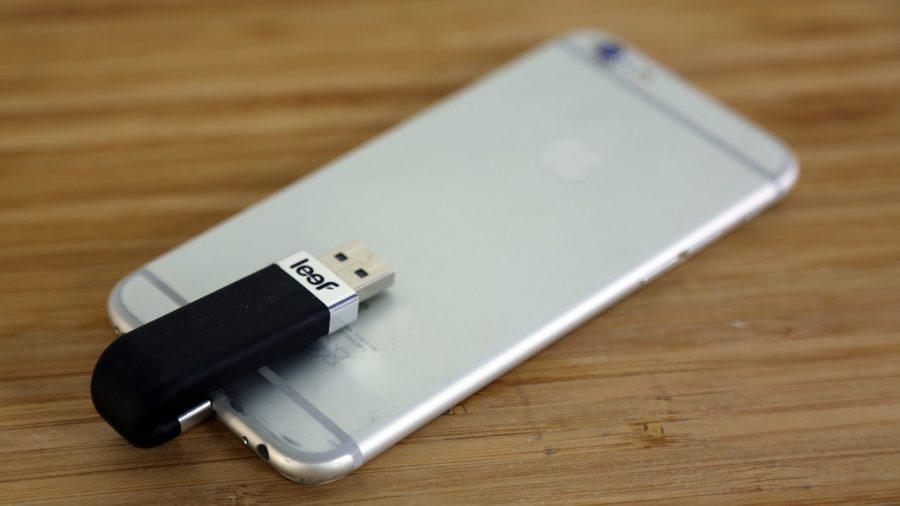 Есть ли флешка или карта памяти для айфона