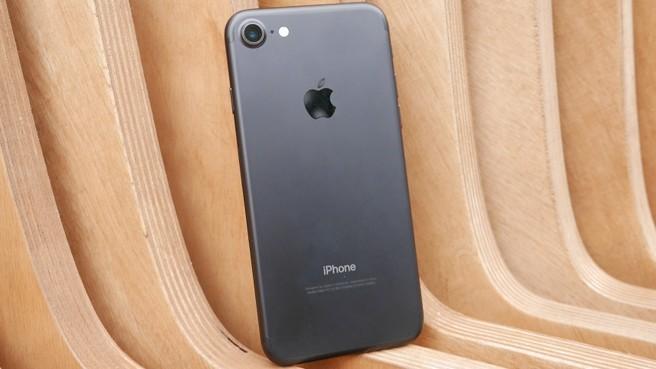 что лучше айфон 7 или айфон 5S