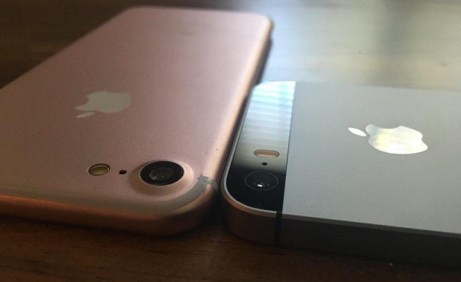 Сравнение аккумулятора и камеры айфона 7 и SE