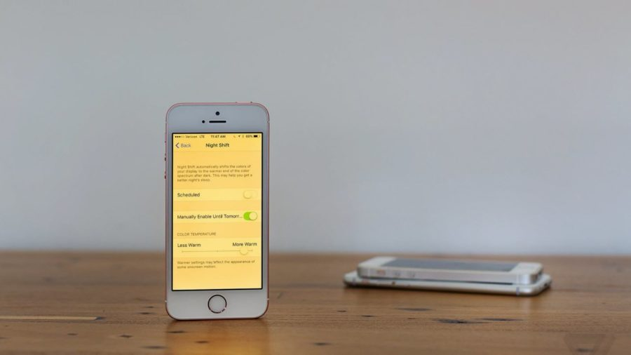 желтый экран на айфоне