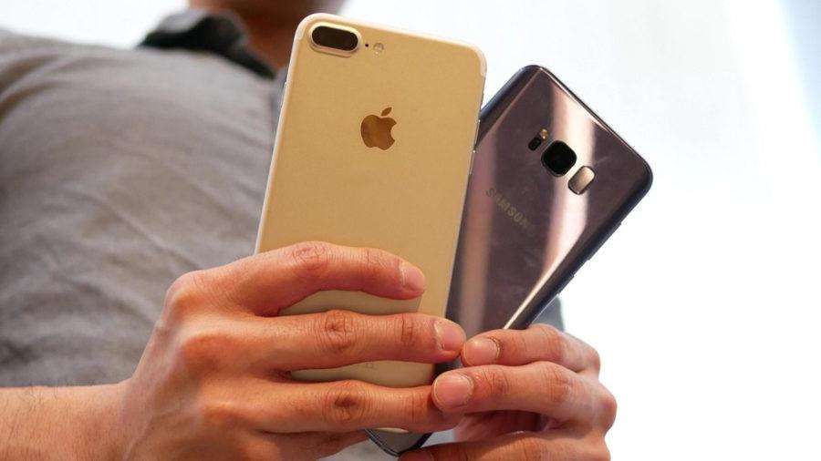 Батарейки Айфон 7 и Галакси С8