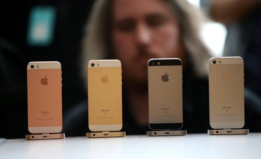 Какой айфон купить