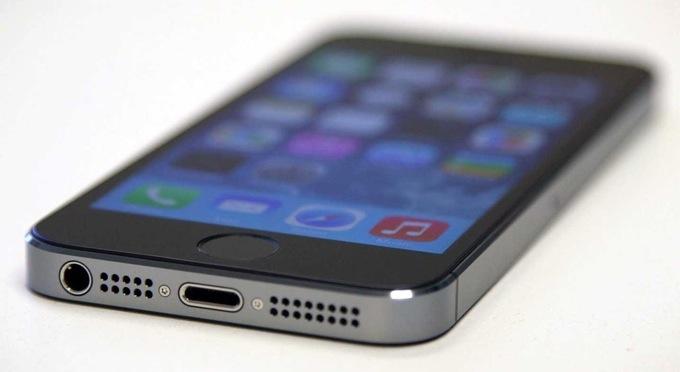 Микрофон на iPhone 5, 5S, 5C, SE