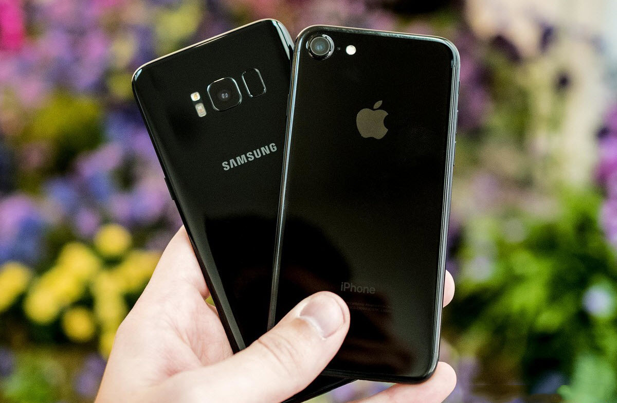 Что лучше купить iPhone 7 или Samsung Galaxy S8