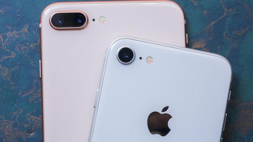 Разница между iPhone 8 и iPhone 8 PLUS