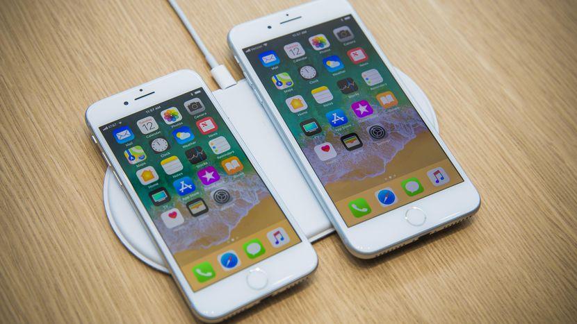 Беспроводная зарядка Айфон 8