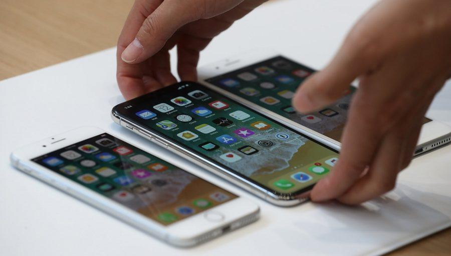 Какая цена Айфон 8 и Айфон Икс в рублях