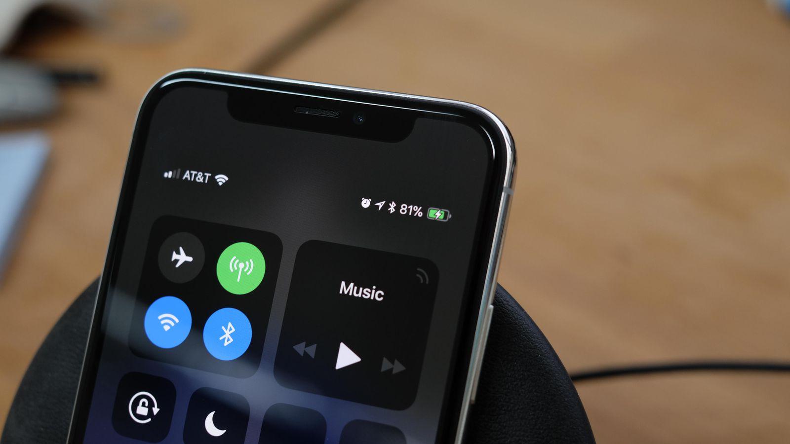 айфон x 10 зарядка в процентах