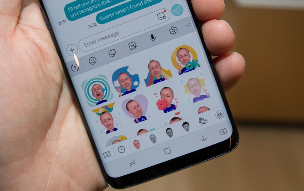 Стикеры в AR Emoji