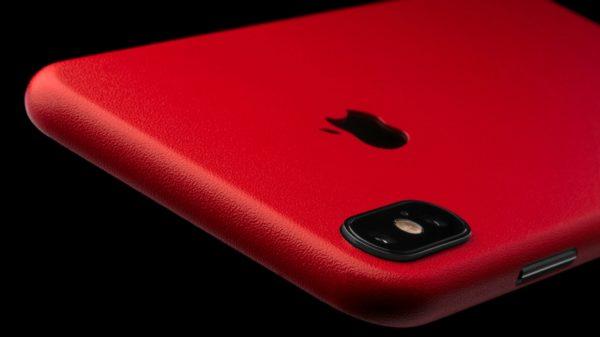 Красный iPhone X (10)