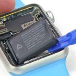 При вздутии батареи на Apple Watch 2, её заменят бесплатно