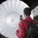 Музыка из рекламы Студия в кармане. Портретное освещение на iPhone X.
