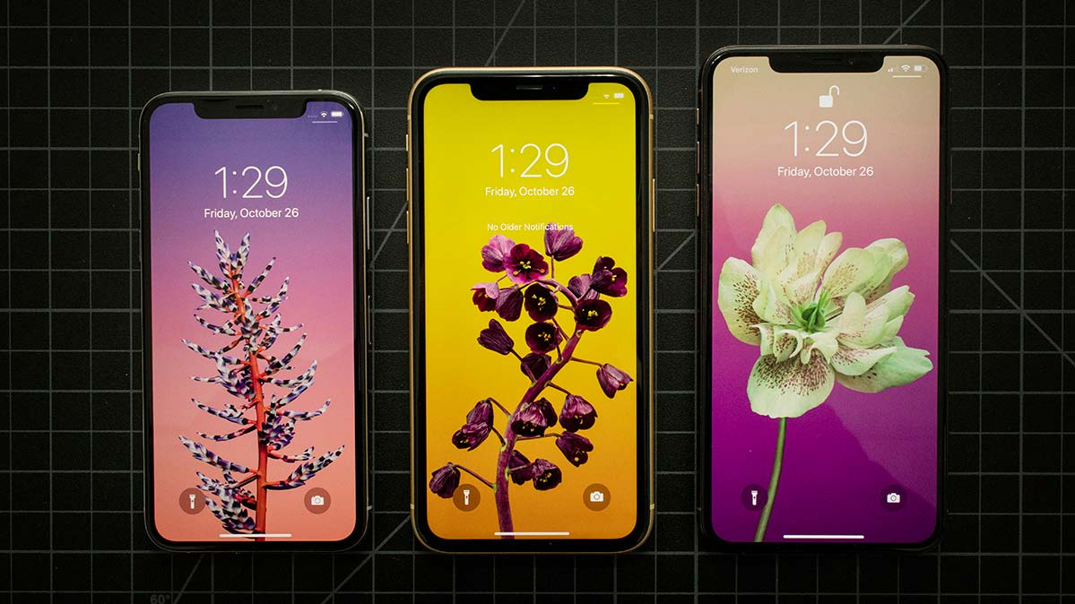iPhone Xs, iPhone Xr and iPhone Xs Max Displays