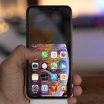Как на iPhone Xs и iPhone Xs Max сдвинуть/сместить экран вниз?