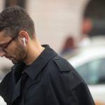 Как перезагрузить наушники AirPods 1, 2?
