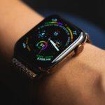 Сколько держит заряд Apple Watch Series 4?