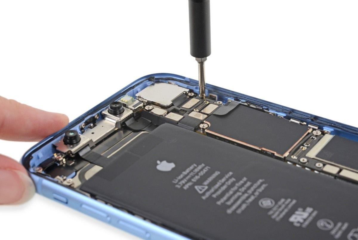 Батарея iPhone Xr